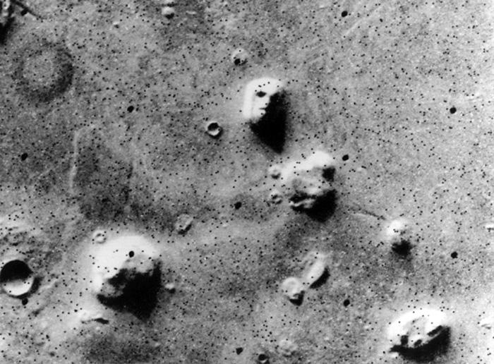 caras-humanas-en-Marte