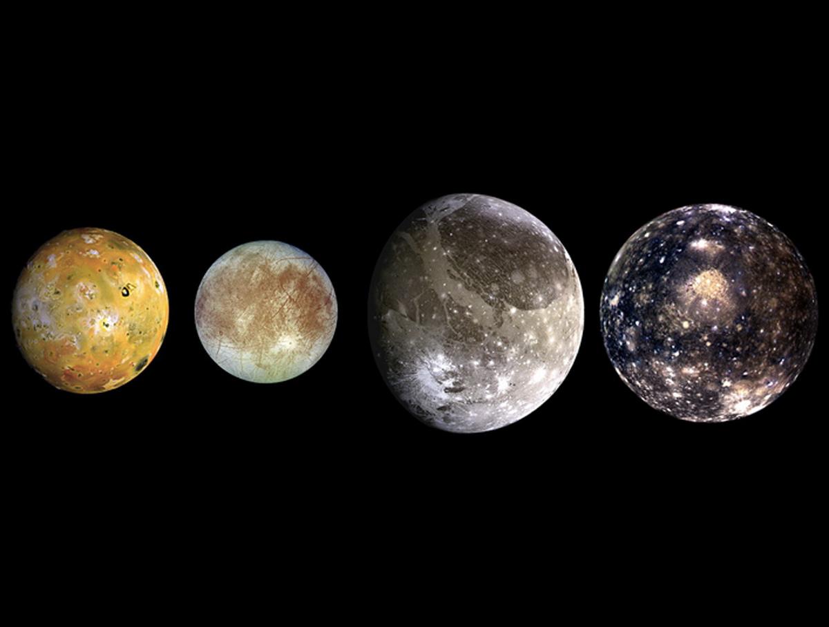 una-luna-no-puede-tener-luna