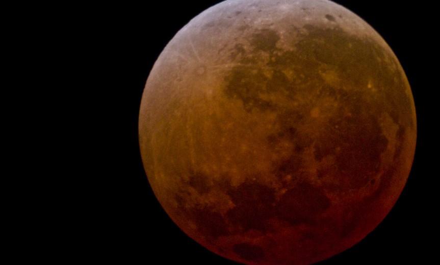 luna-roja-1