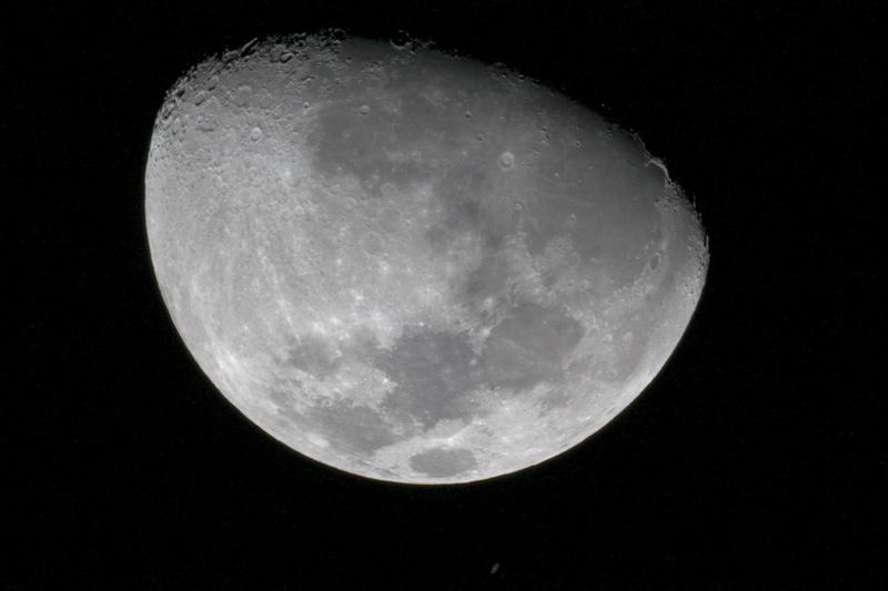 Ocultación de Saturno en la Luna 1