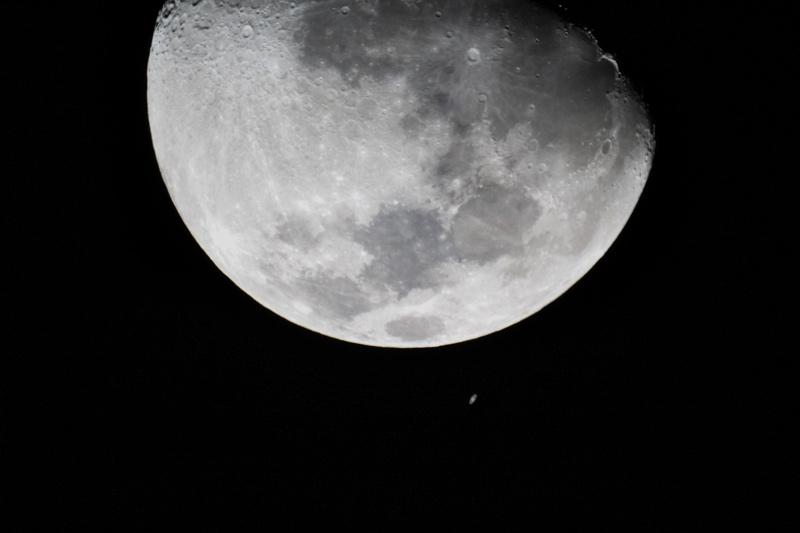 Ocultación de Saturno en la Luna 2