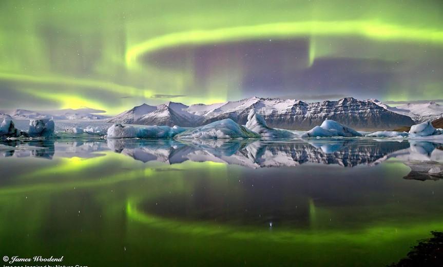 aurora-sobre-glaciar
