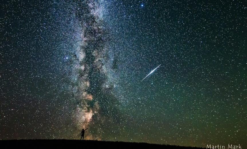 via-lactea-y-meteorito