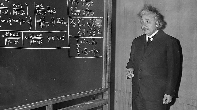 einstein-relatividad