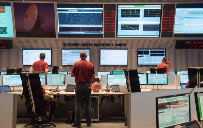 La sala del Centro de Operaciones Espaciales de la ESA en Darmstadt.