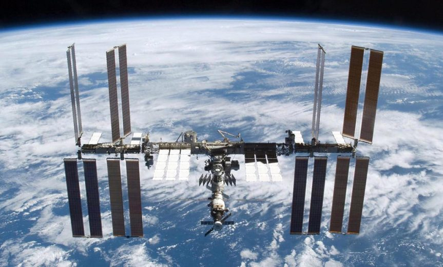 estacion-espacial-lunar