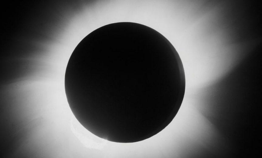 100 años eclipse einstein