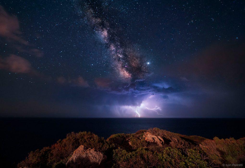 noche-electrica-via-lactea
